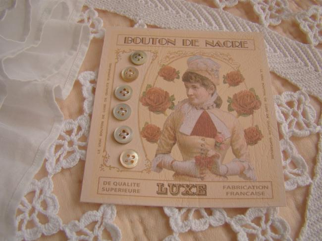 Lovely card with 6 little antique buttons in grey light mother of pearl