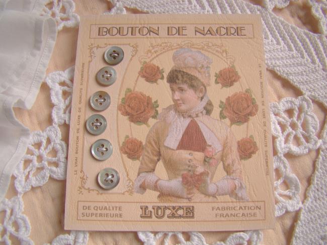 Jolie carte de 6 boutons anciens de nacre de couleur naturelle gris foncé irisé