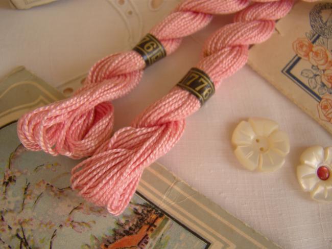 Echeveau coton perlé DMC, n°5 rose églantine (nuance n°776)