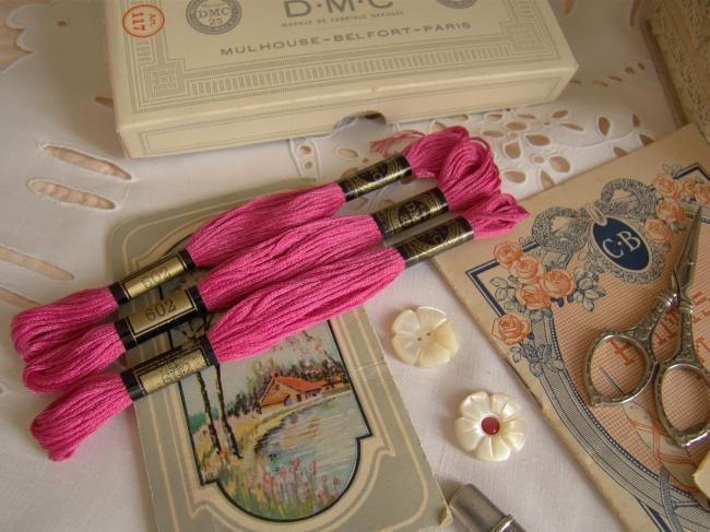 Echeveau Coton mouliné spécial DMC n°25, couleur rose'Verveine' N°602