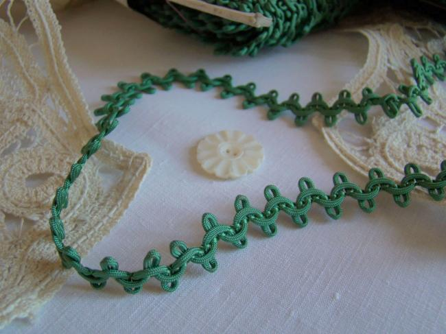 Lovely antique trim in silk, green color, circa 1900