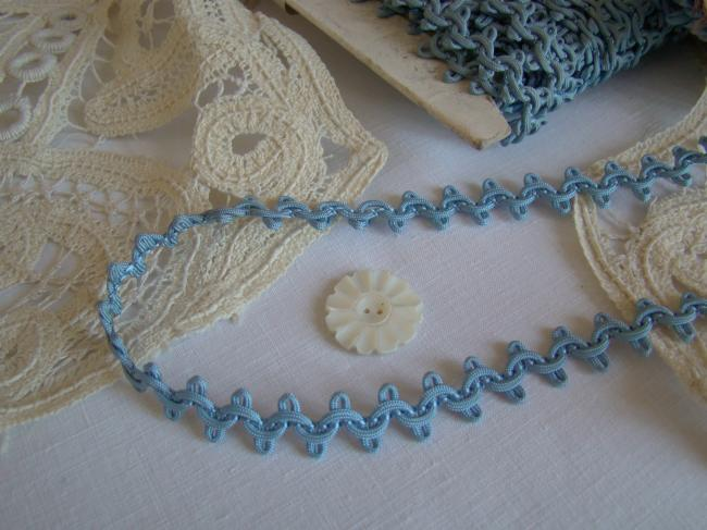 Lovely antique trim in silk in color blue, circa 1900