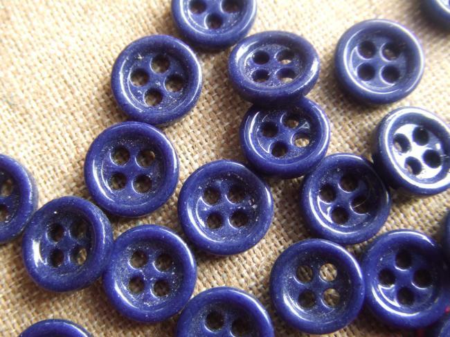 Lot de 12 petits boutons en pate de verre, bleu nuit, 4 trous, 12mm de diamètre