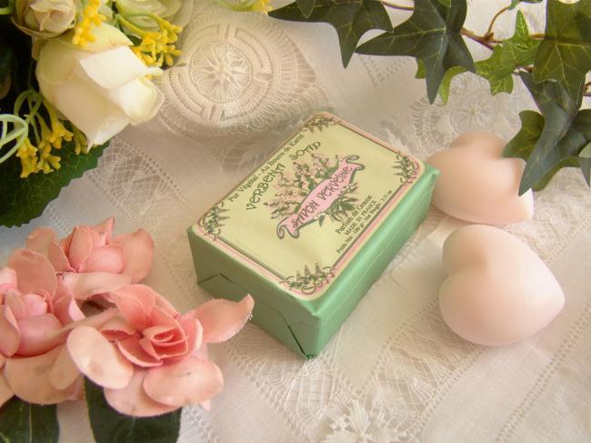Adorable savon enveloppé parfumé à la Verveine, 100grs