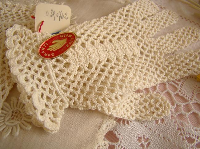 Linge ancien et mercerie ancienne accessoires de mode - Couleur blanc ivoire ...