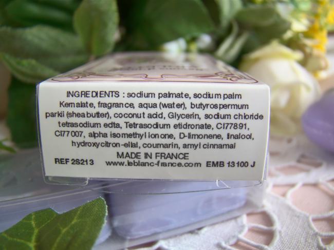 Jolie boite de 2 savons d'invité parfumés à la Violette, 2 x 25grs