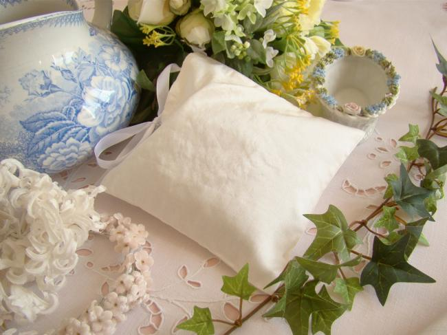 Luxurous lavander sachet in silk with ribbon embroidered heart in ivory & white