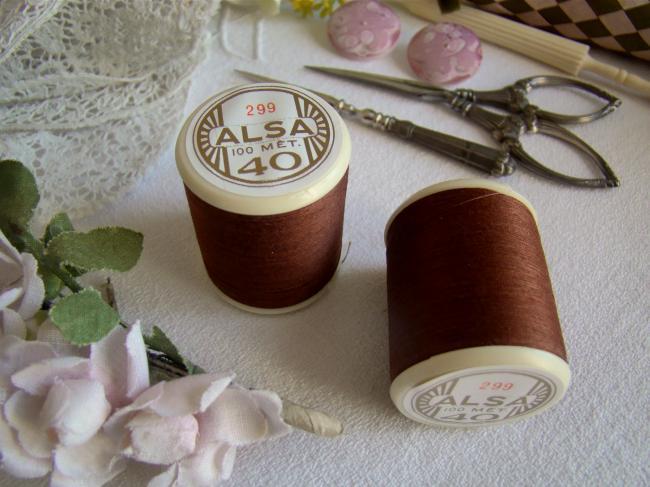 Adorable ancienne bobine de fils ALSA n°40 de DMC, n°299 Chocolat