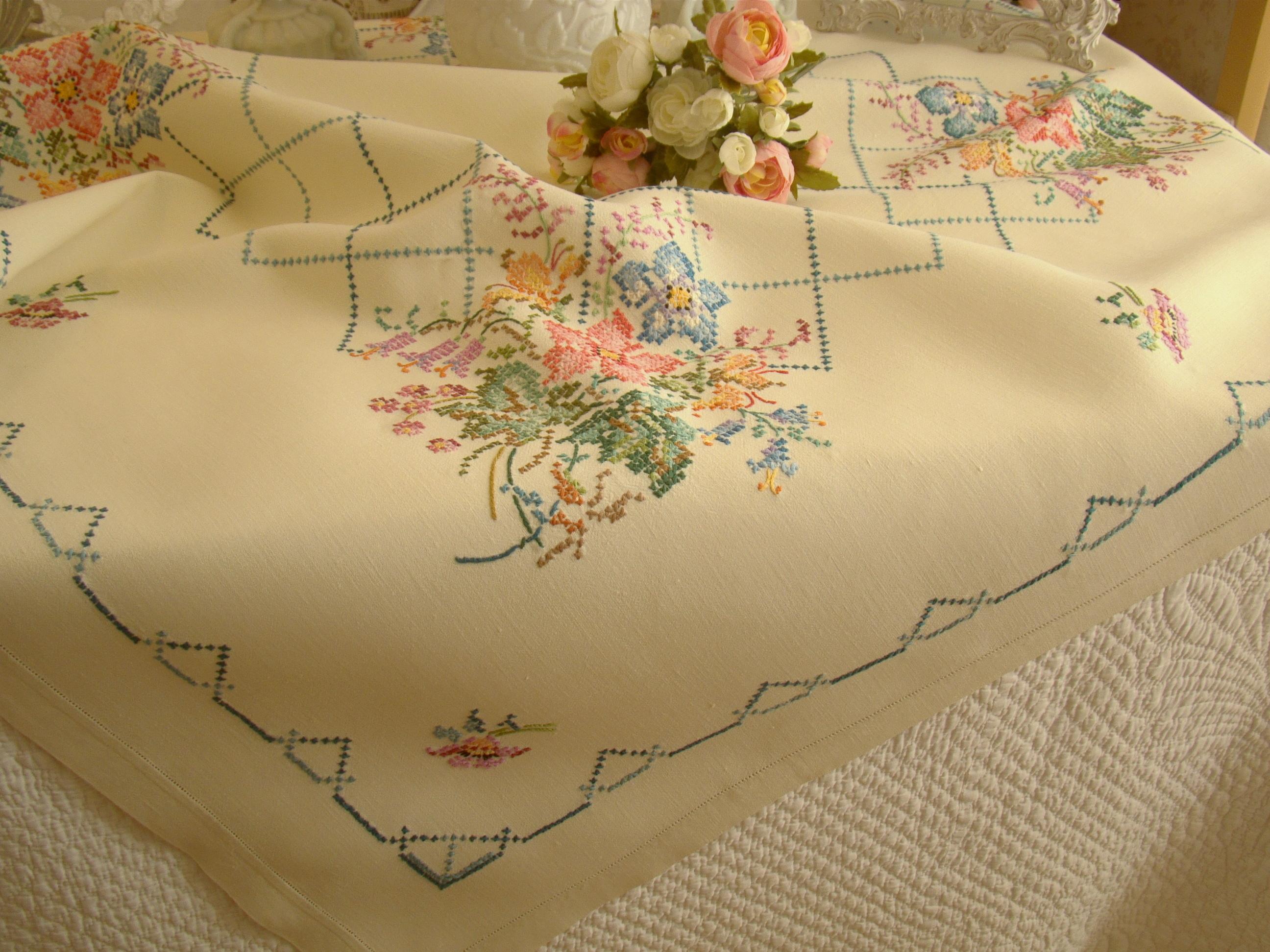 vintage linen table linen. Black Bedroom Furniture Sets. Home Design Ideas