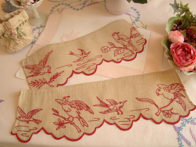2 jolis morceaux de bordure en lin et chanvre brodée d'oiseaux en rouge