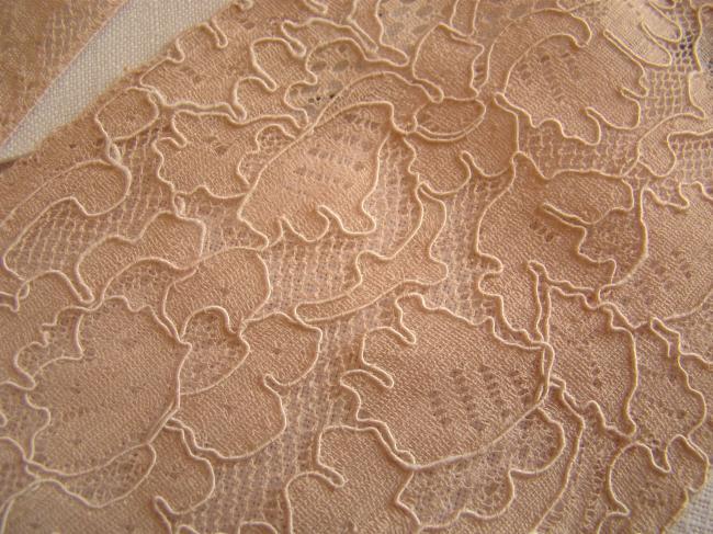 Romantique haut ancien de robe ou chemise de nuit, en dentelle de Calais 1930