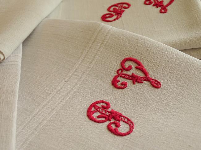 Rare Série de 7 serviettes ou essuie-main en pur lin tissé, monogramme PV rouge