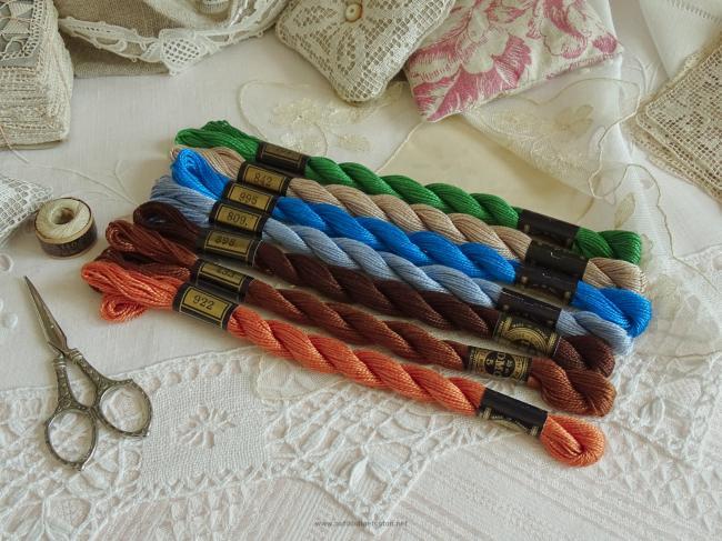 Lot de 7 Echeveaux coton perlé DMC, n°5 nuance N°809, 433,995,842,922,898,701