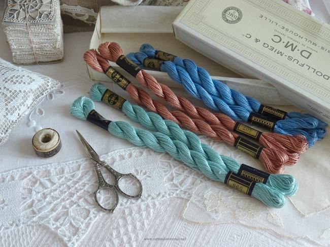 Lot de 6 Echeveaux coton perlé DMC, n°5, nuance N°407, 598, 799