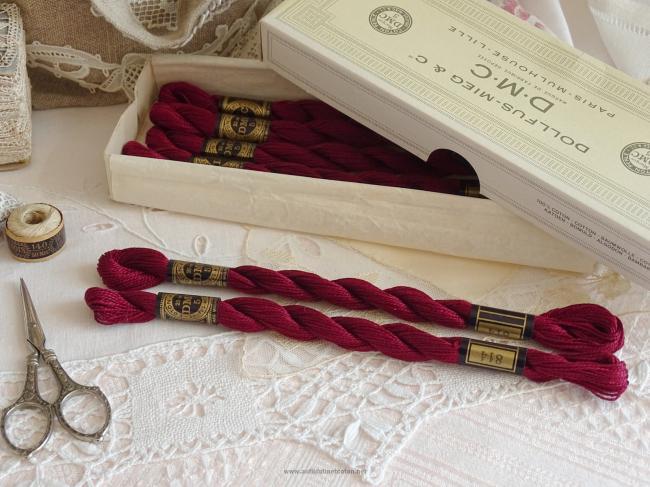 Echeveau coton perlé DMC, n°5 couleur Rouge Vin (nuance n°814)