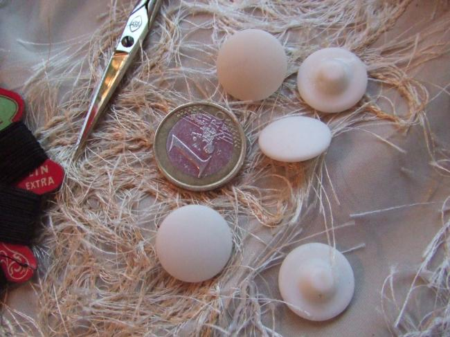Boutons en forme de champignon bombé en porcelaine blanche mate(taille 13)